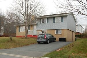 112 ASPENWAY CRES. COLBY 4 LEVEL SIDE SPLIT FAMILY HOME