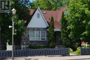 Hawkesbury Ontario home residential-commercial-in law suite