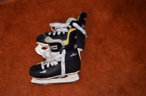 CCM hockey skates - Excellent Condition