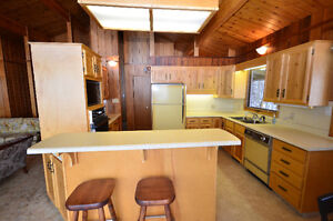 Fantastic Sylvan Lake Cottage Regina Regina Area image 7
