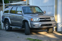 2002 Toyota 4Runner SUV with remote starter and towing package
