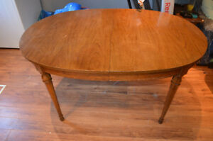 For Sale; Dinning room table