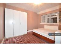 1 bedroom in Adelaide Road, High Wycombe , HP13
