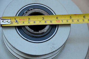 CENTRIFUGAL CLUTCH HEAVY DUTY INDUSTRIAL DOUBLE B PULLEY London Ontario image 2