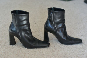 Browns Ladies Boot Size 9 Edmonton Edmonton Area image 2