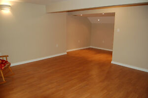 HOME SWEET HOME - Spacious 1 Bed Bsmt Suite (NAIT/Kingsway)