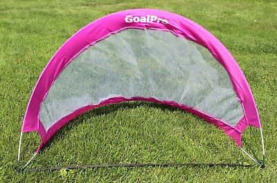 NEW GIRLS GOAL PRO® Portable Foldable SOCCER GOAL CHILD SOCCER GAME COACH PINK ()