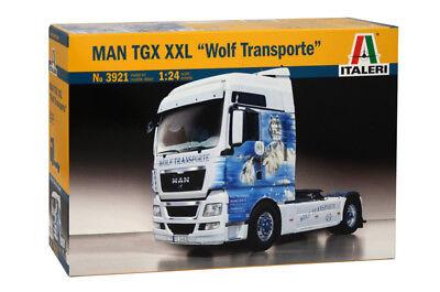 ITALERI 3921 - 1/24 MAN TGX XXL WOLF TRANSPORTE - NEU
