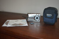 Olympus 6 megapixels camera with 1 GB XD card