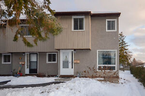 Townhouse for Sale in Tanglewood