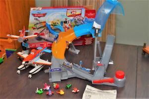 Disney Planes - Circuit acrobatique micro-drifter + 2 Dusty
