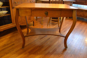 Lovely Antique Solid Oak Table w Single Drawer