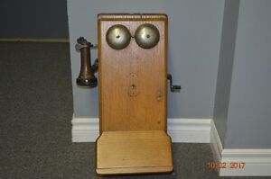 Antique Oak Crank Wall Phone