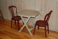 Table et chaises à patio