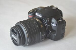 Nikon D3100 Two lens package