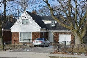 Well Maintained Student Home On Glenridge