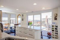 Executive Penthouse Condo - 2200 sq ft on one level - Cobourg