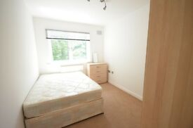 Double Room in Flatshare-Communal Reception Room-All Bills Included-Free Wifi-Great Access City