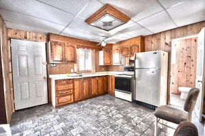 This 3 bedrooms Cottage will charm you. Well priced !! Gatineau Ottawa / Gatineau Area image 3