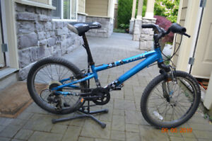 KID'S MOUNTAIN BIKE - TREK MT 60
