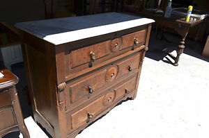 Commode antique 225$
