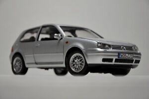 REVELL 1/18 VW GOLF MK4 GTI 1997 - 2003 // norev otto rabbit