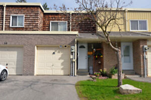 3BR TownHome for rent at Leslie /Finch intersection, NorthYork