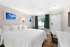 Room Rental with Luxurious King Bed