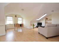 2 bedroom top floor flat, amazing views, close to Muswell Hill Broadway