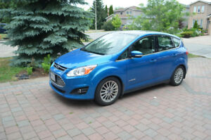 2014 Ford C-max, well maintained fully loaded hybrid