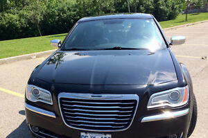 2012 Chrysler 300-Series Limited edition black Sedan