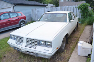 1981 Oldsmobile Cutlass Calais Coupe (2 door)