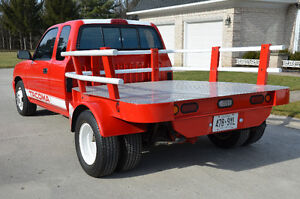 1995 Toyota Tacoma SuperCab Dually Flat Bed Truck London Ontario image 5