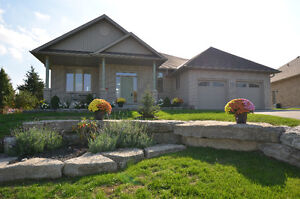 GORGEOUS BUNGALOW - 31 South Harbour Drive, Bobcaygeon, ON Kawartha Lakes Peterborough Area image 1