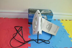 Steam iron with user guide