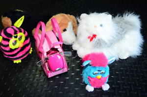 Lot of battery operated toys. IDog, Furby, Cat,rolling dog