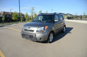 Private sales. 2010 Kia Soul. low km. incl winter tires on rims.