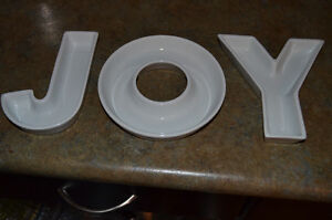 JOY dishes, perfect condition