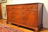 Stunning Solid Mahogany Buffet Sideboard-Classic Quality!