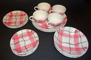 20 piece CALICO dinnerware HYCROFT Medicine Hat MCM