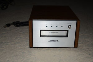 Pioneer 8 Track Stand Alone player