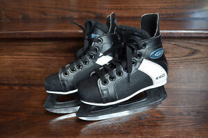 CCM Intruder Skates size Youth 13