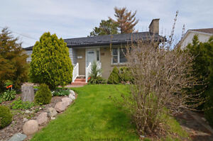 JUST LISTED TODAY! East London, Fully Reno & Double Car Garage