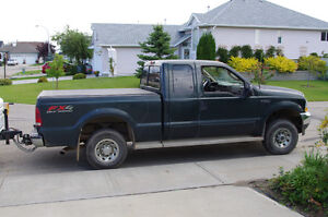 2003 Ford F-250 Pickup Truck extended cab