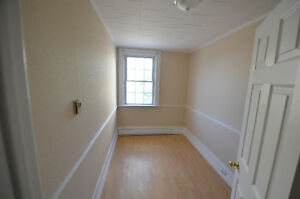 2 Bedroom Apartment for Rent Kawartha Lakes Peterborough Area image 8