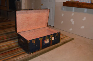 Antique Travel Trunk for Sale Cambridge Kitchener Area image 2