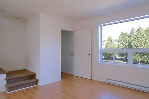 Maison de ville avec 4 chambres,Greenfield Park, Rive-Sud