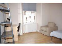 3 bedroom/2 bathroom flat (sleeps 5) available for the Edinburgh Festival