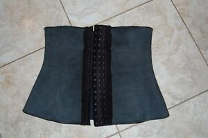 Shaper Diva waist trainer size medium