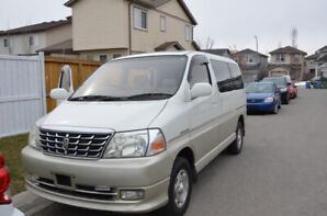 2001 Toyota Grand Hiace with 4WD